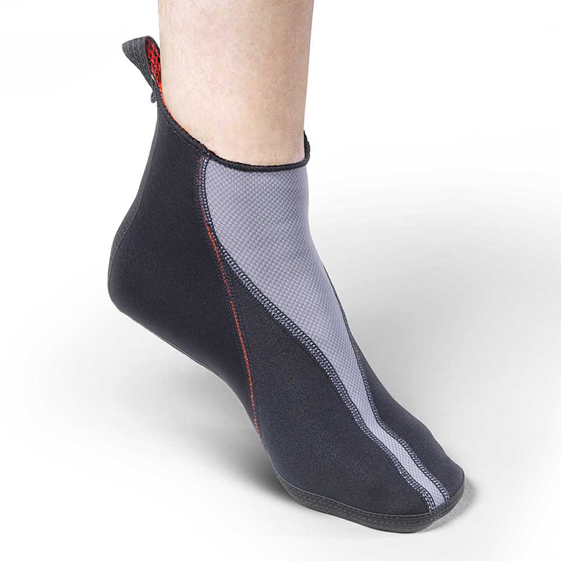 Thermoskin Circulation Thermal Slippers, $39.95 alternative product image 1